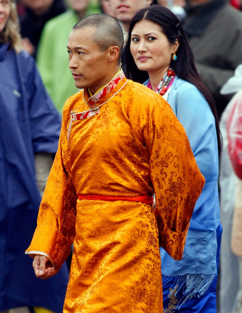 """The Sakyong, with his fiancée, Khandro Tseyang, in 2006, has apologized to his followers, admitting to """"relationships"""" with women in the community. He said he would enter """"a period of self-reflection.""""CreditAndrew Vaughan/CP, via Associated Press"""